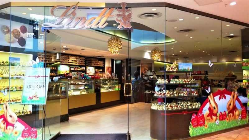 The entrance of the Lindt Chocolate Café in Melbourne. (Photo: Shami Goregaoker)