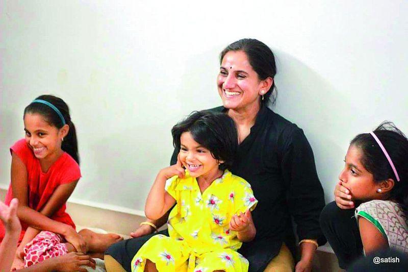 Priya Ravi with her daughter Deeksha
