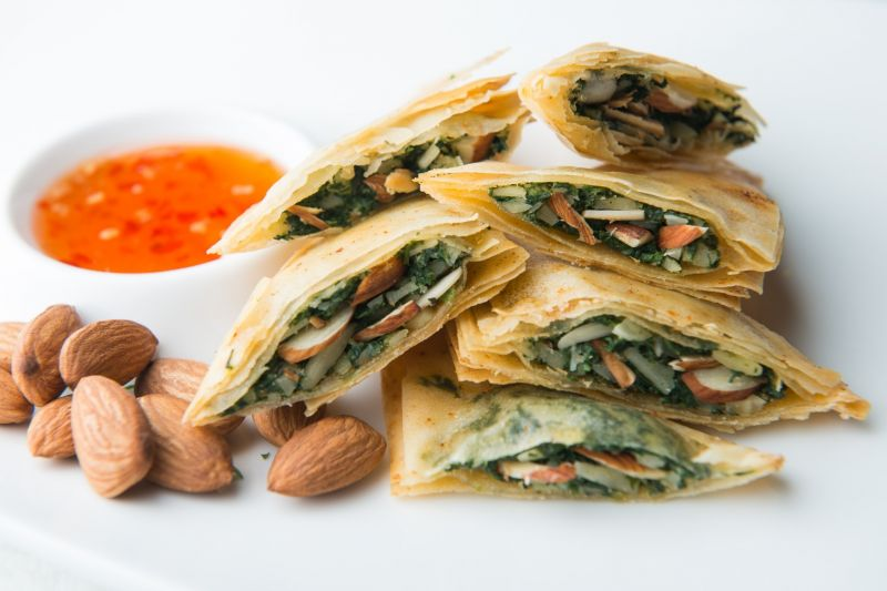 Baked Spinach and Almond Parcels