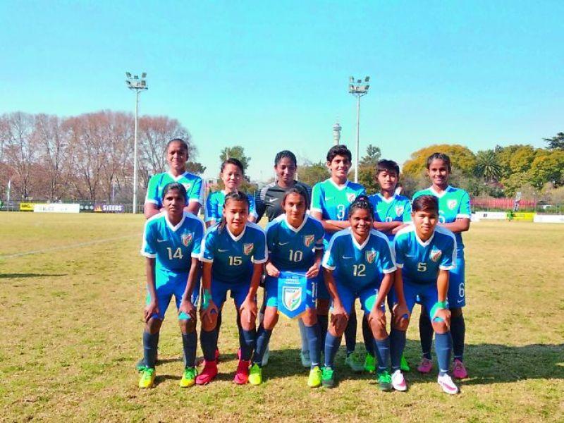 Soumya with her under 17 team.