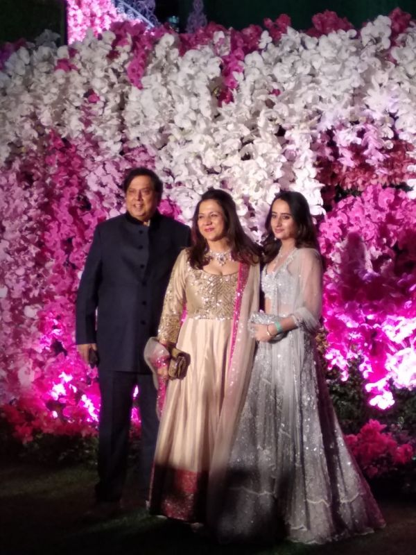 David Dhawan with wife Karuna Dhawan and Varun Dhawan's girlfriend Natasha Dalal. (ANI Photo)