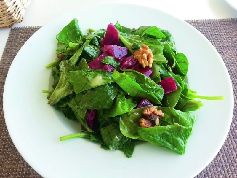 Regular intake of herbal teas, green leafy vegetables, and sprouts will help them remain strong and healthy.