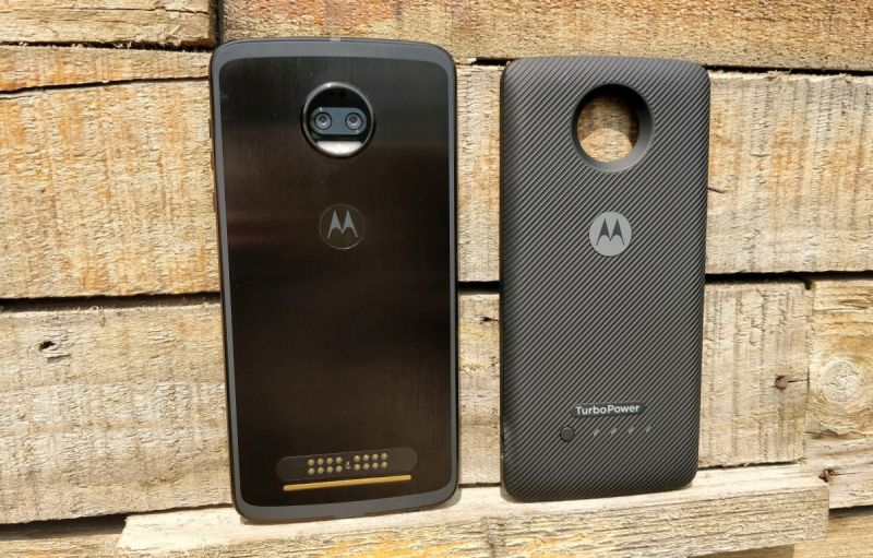 Motorola Moto Z2 Force review