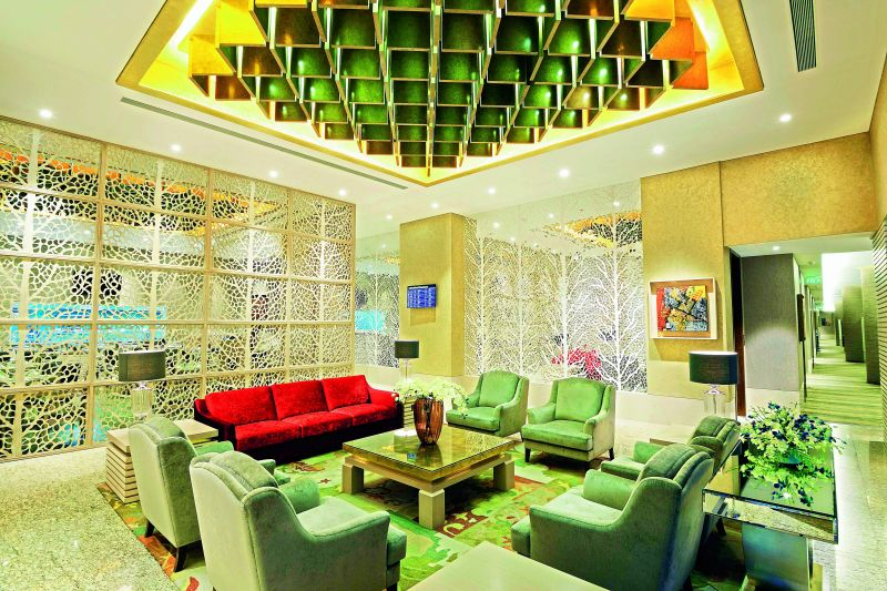 Niranta Airport Transit Hotel and lounge