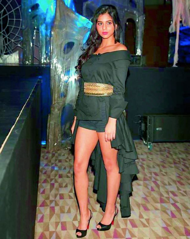 Suhana Khan Puts Dance Floor On Fire