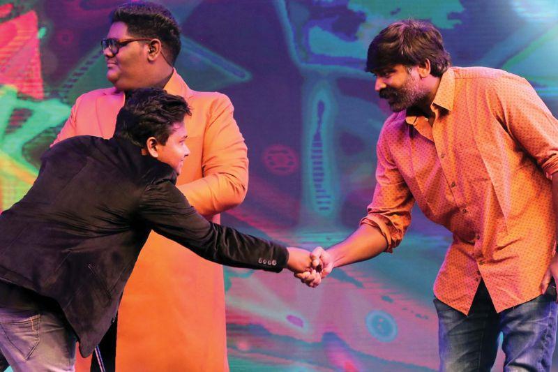 Fayiz with Vijay Sethupathi