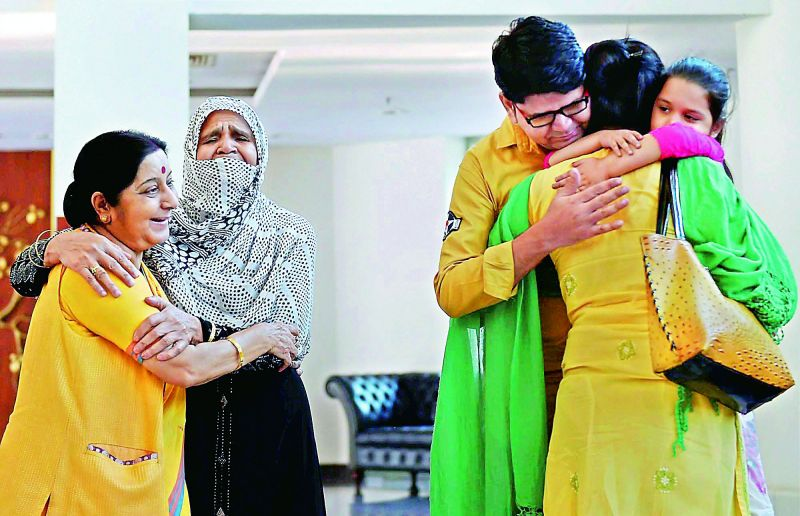 An Indian woman Uzma Ahmad, was allegedly sedated and forced to marry a Pakistani man at gunpoint during her visit to the country. She returned to India only with the help of Sushma Swaraj. The External Affairs Minister can be seen with Uzma and her family in the photo.