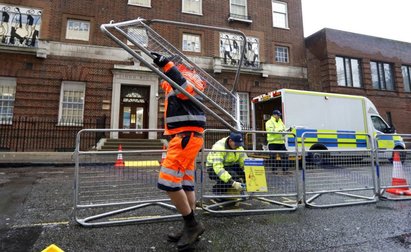 Barriers are erected outside the Lindo Wing of St. Mary's Hospital in Paddington, London, Monday, April 9, 2018. Britain's Prince William and Kate, Duchess of Cambridge, are expecting their third child to be born at the hospital, sometime in the coming weeks. (Photo: AP)