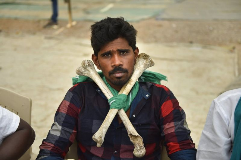A farmer from Tamil Nadu arrives for a two-day rally to press for demands, including debt relief and remunerative prices for their produce, in New Delhi. (Photo: PTI)