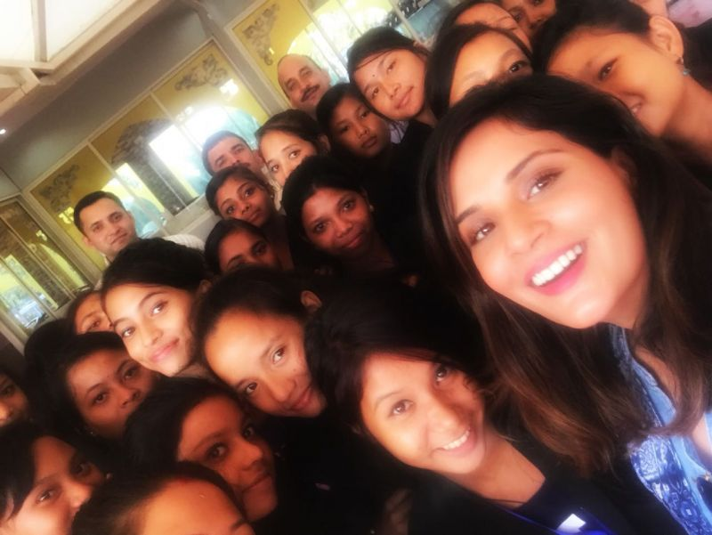 Richa with the girls.