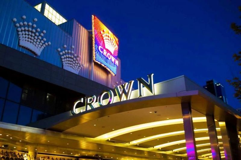 The Crowne Plaza, Melbourne is ideally located within the city, with a casino that offers a luxurious casino.