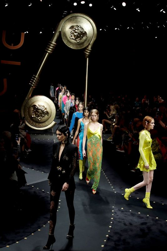 The eclectic mix of colours, inspired by the 1970s, dominated the Versace runway at Milan Fashion Week 2019. (Photo: AP)