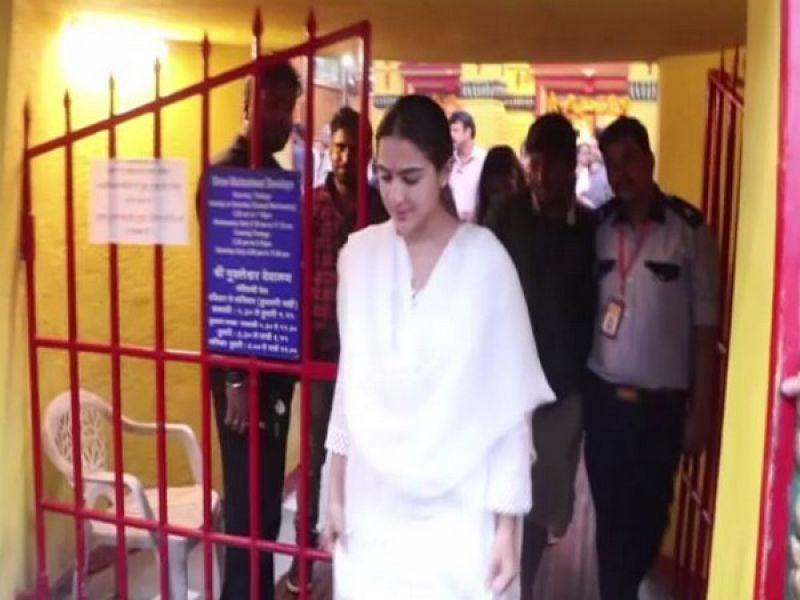 Sara Ali Khan at the temple. (Photo: ANI)