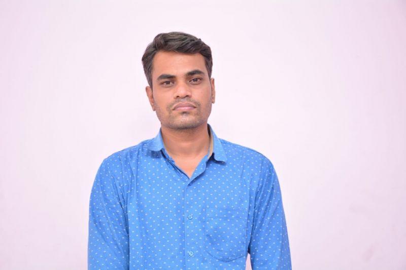 Trade Bizz Research  (www.tradebizzindia.com) Proprietor-Representative: Santosh Singh Parihar (arrested) Telecallers: 35  Enrolled investors: 3,000 Holding 4 Bank accounts. 69 complaints with SEBI.