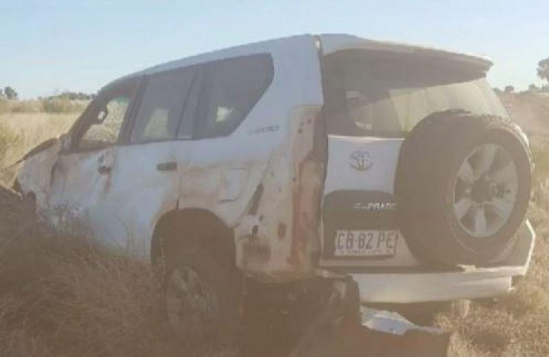 Technician Thomas Mason after his car crashed while travelling through a desolate Australian outback. (Screengrab | 9news.com.au)
