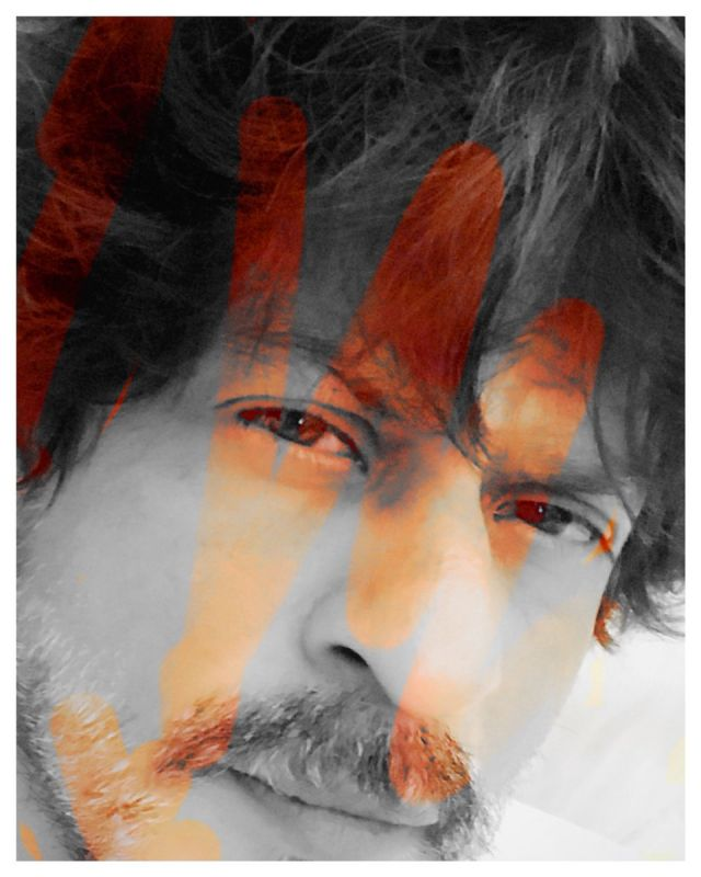 Shah Rukh reveals how his son AbRam celebrates Holi and it's cute