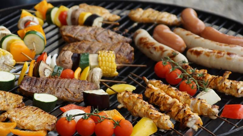 Celebrity chefs share secret tips for grilling almost anything. (Photo: Pixabay)