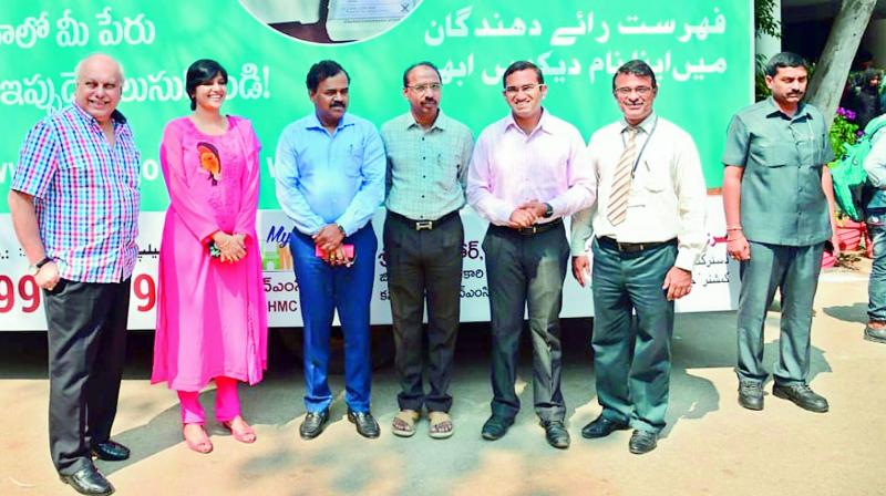 Dana Kishore, Hari Chandana and others inspecting work