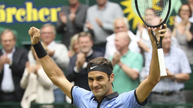 Roger Federer will now play in the next week's ATP Tour Finals in London.(Photo: AP)