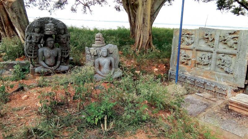 Relics at Basti Hosakote