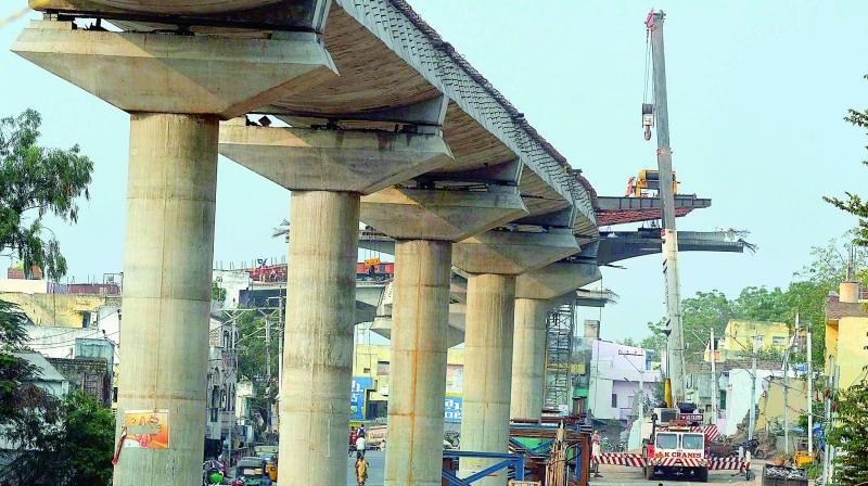 Kanakadurga flyover works in progress in Vijayawada city. (Photo: DC)