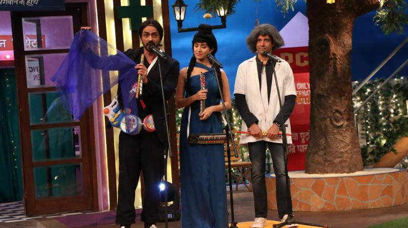 Shraddha Kapoor, Farhan Akhtar, Arjun Rampal and other 'Rock On 2' stars were seen getting involved in interesting acts on Kapil Sharma's comedy show.