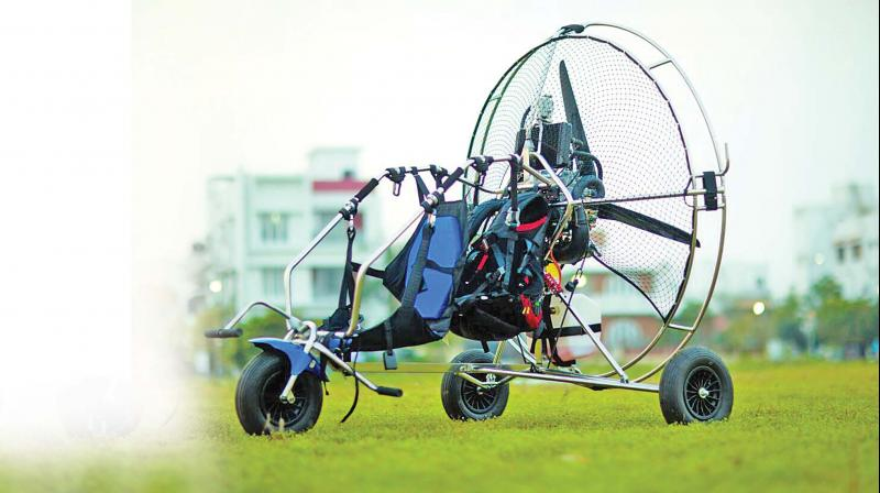 """This joyride is 7-10 minutes long.  """"For sheer adventure seekers, we offer tandem flight where the participant is accompanied by our founder and pilot Mani Kannan. And those seeking to learn the sport, we organize extensive training sessions in an open air space near Puducherry for 10-15 days at a stretch."""""""