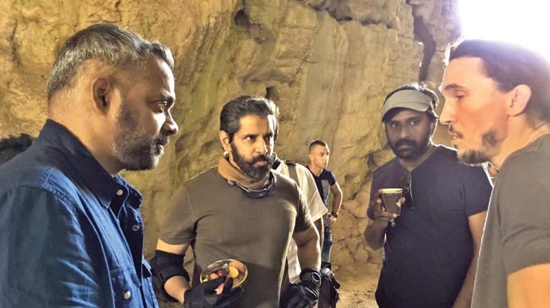 GVM and Vikram on the sets of DN.