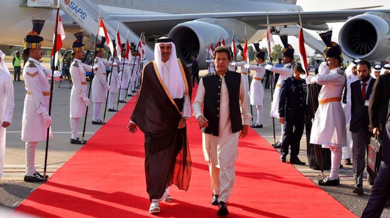 Adviser to PM on Commerce Abdul Razak Dawood and Qatari Finance Minister Ali Shareef Al Emadi signed the MoU for establishment of Pakistan-Qatar joint working group on trade and investment.  (Photo: AP)