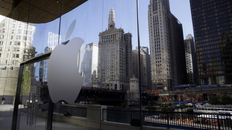 Apple opens education-focused event in Chicago