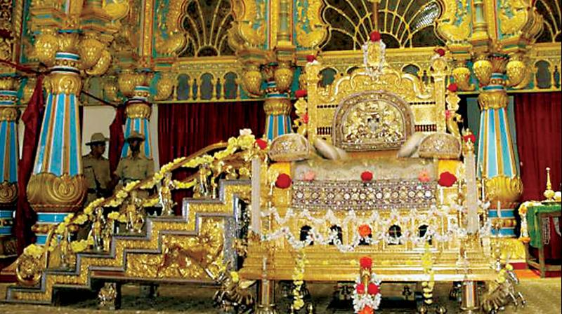 The golden throne will be dismantled again after the festivities and kept in the palace strong room.