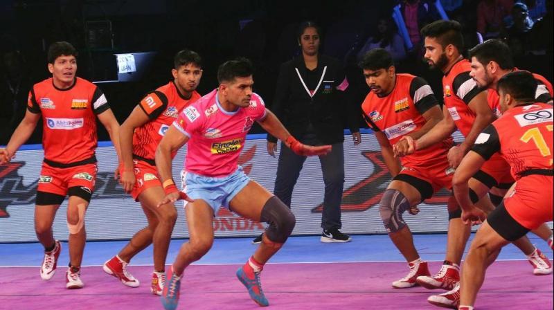 Deepak Niwas Hooda was the key man for Jaipur Pink Panthers in the first half. (Photo: Pro Kabaddi)