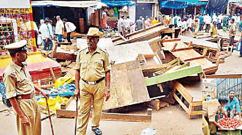 Image result for latest images of BBMP slapping fines on shopkeepers who litter