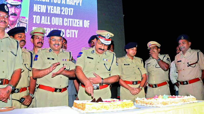 When the world rejoiced as another year began, the police were engaged in their duties, ensuring safety in the city. But, they too had their own little celebrations.