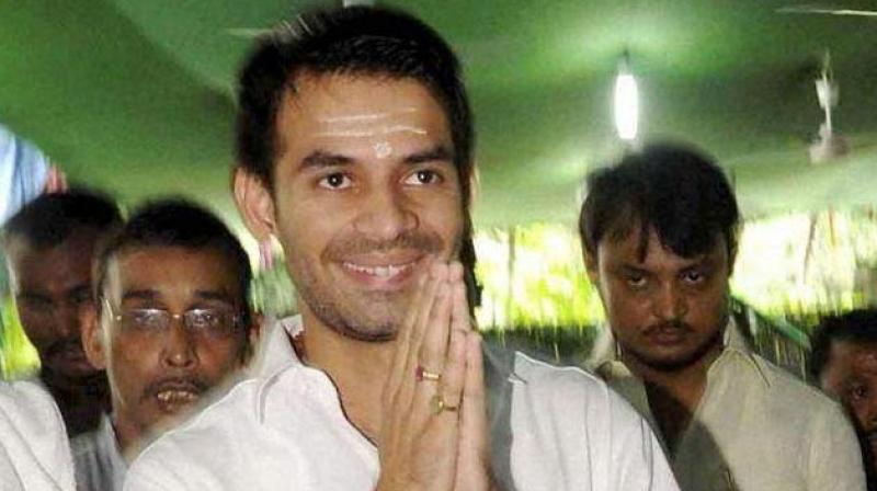 'Nitish, Sushil Have Unleashed Ghosts', Claims Tej Pratap on Vacating Govt Bungalow