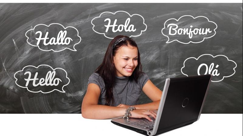 The study is the first to examine bilingual and monolingual brains. (Photo: Pixabay)