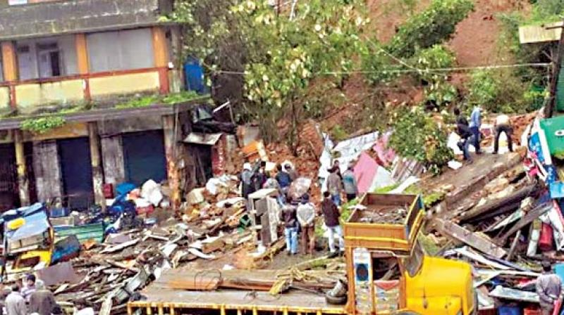 """An additional Rs 1 lakh each will be given to families whose houses were damaged."""""""
