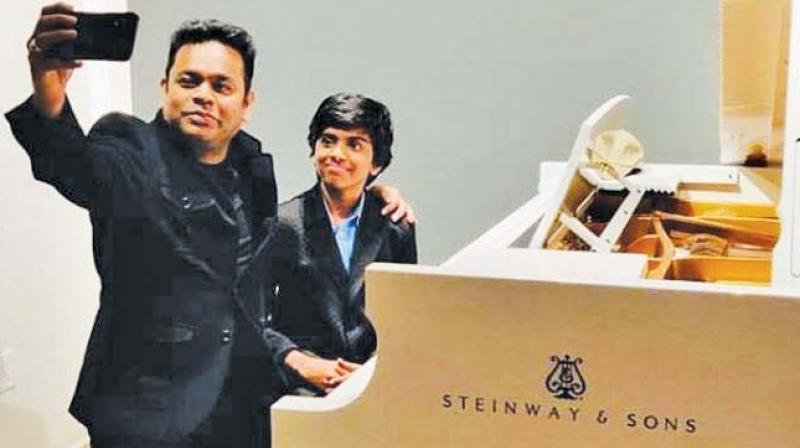 A.R. Rahman takes selfie with Lydian Nadhaswaram.