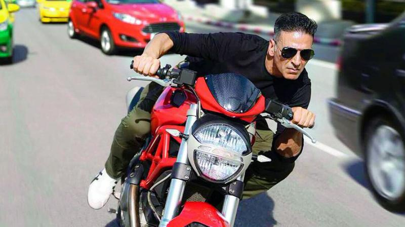 Akshay was spotted zooming through the streets of Bangkok on a bike as part of the film.