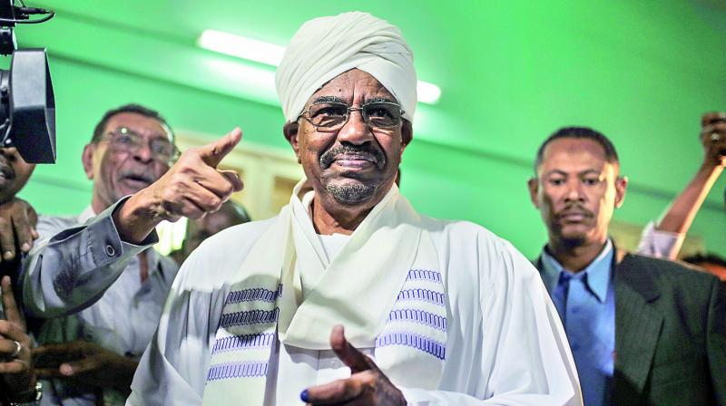 Omar al-Bashir received USD 90 million in cash from Saudi royals, an investigator told a court at the opening Monday of the deposed Sudanese strongman's corruption trial. (Photo: File)
