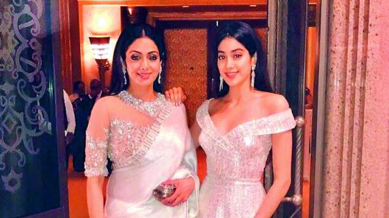 Late actress Sridevi and her daughters Jahnvi.