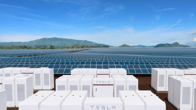 Tesla Hands Over World S Largest Battery Farm To