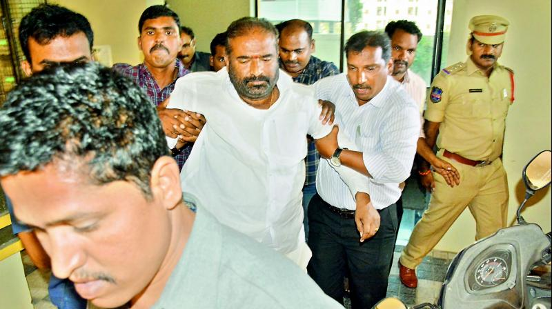TSRTC JAC leader Ashwathama Reddy who was on an hunger strike at his residence being forcibly lifted before being arrested by the cops on Sunday.