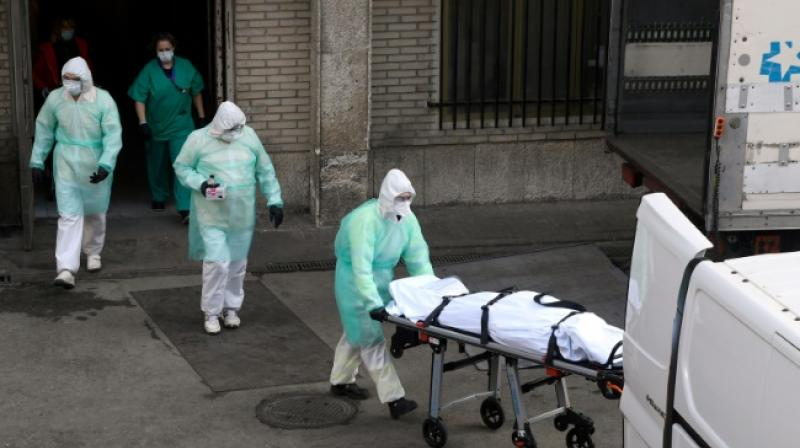 Spain records third straight day of drop in Covid-19 death toll