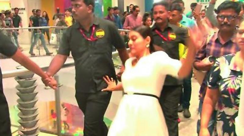 There's a video going viral on social media and it features Kajol losing her balance and falling down in front of thousands of people at a mall.