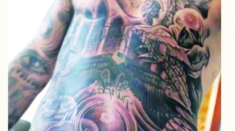 Justin bieber gets a full torso tattoo for Justin bieber torso tattoos