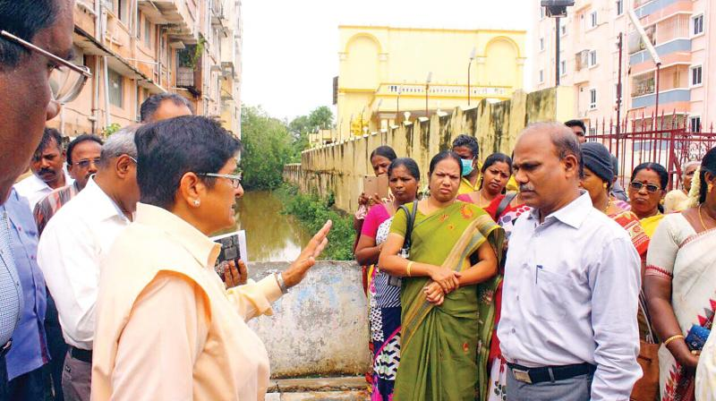 Lt Governor Kiran Bedi creates awareness on dengue in Puducherry on Saturday. (Photo: DC)