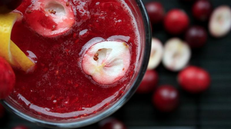 Cranberry juice has beneficial effects on rheumatoid arthritis patients. (Photo: Representational/Pixabay)
