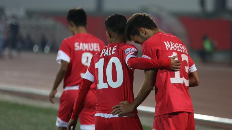 The talented Mahesh scored his fourth league goal late in the second half to ensure Churchill remain on 29 points, a point adrift of Chennai and in second place after 16 games. (Photo: Twitter/I-League)