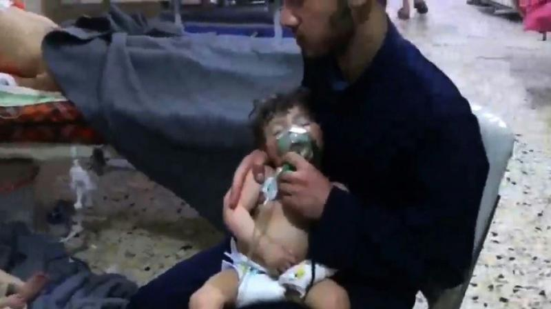 Syria invites chemical weapons inspectors to probe attack claims